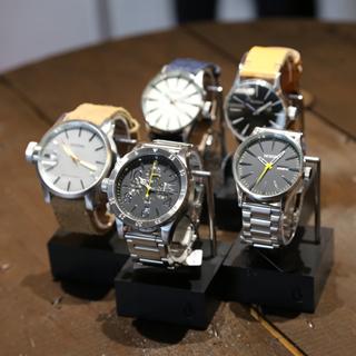 watch001